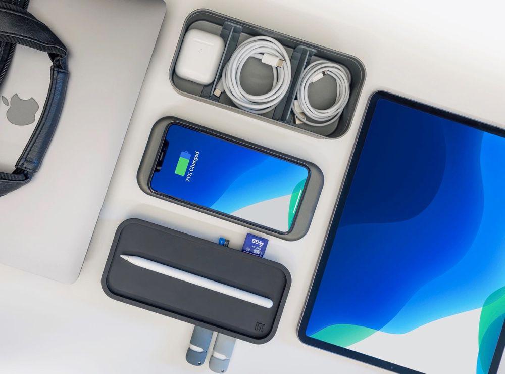 BentoStack PowerHub protège vos accessoires, recharge votre iPhone et