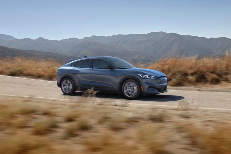 Ford sur les traces de Tesla pour sa Mustang électrique