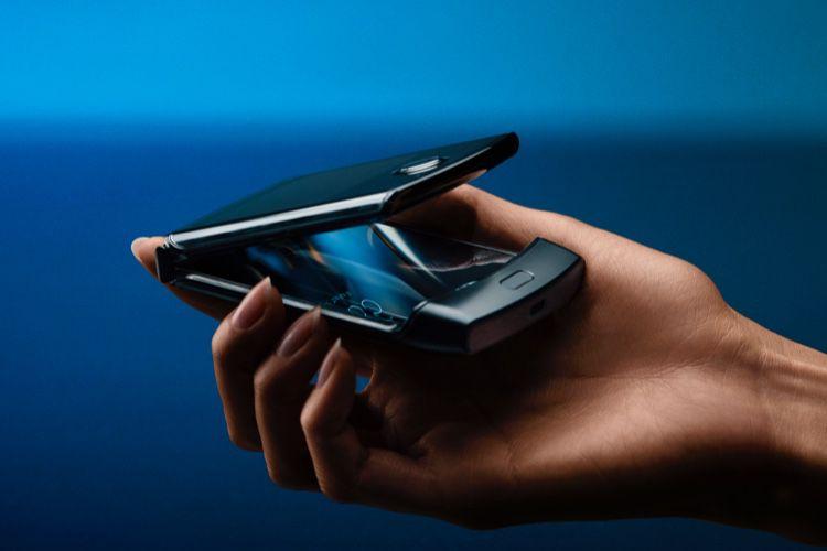 Le RAZR de Motorola est bel et bien de retour pour 1500$