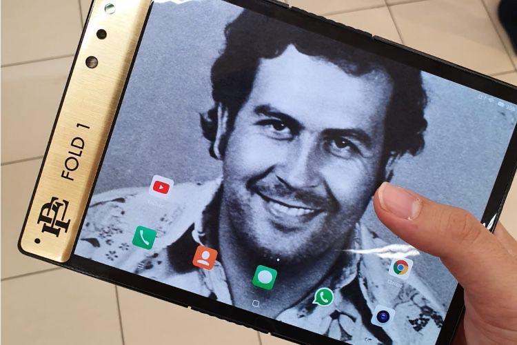 Escobar Fold 1 : le stupéfiant smartphone pliable du frère de Pablo Escobar