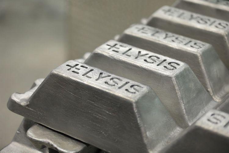 Apple achète ses premiers lingots d'aluminium propre