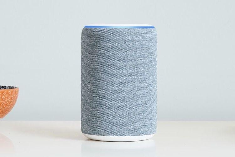 Les appareils Echo d'Amazon peuvent maintenant lire les podcasts Apple et Spotify