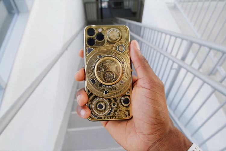 video en galerie : Un iPhone 11Pro modifié par Caviar vendu plus de 100000$ en vidéo