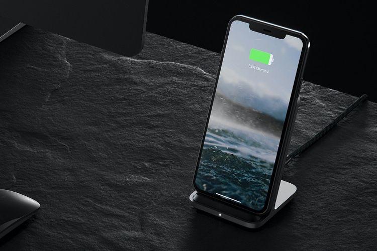 Le Base Stand de Nomad recharge l'iPhone dans tous les sens et le boîtier des AirPods