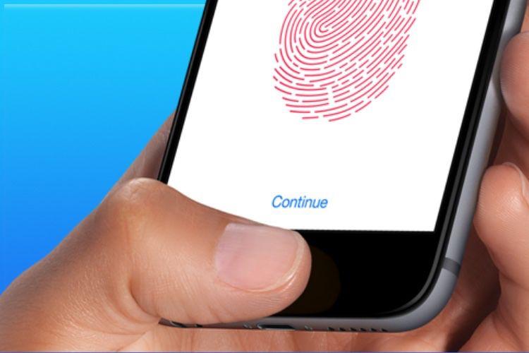 Ming-Chi Kuo : en 2021, un iPhone bord à bord sans FaceID mais avec un bouton d'allumage Touch ID