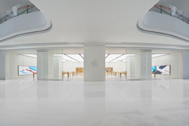 Coronavirus : Foxconn et les Apple Store repoussent leur réouverture