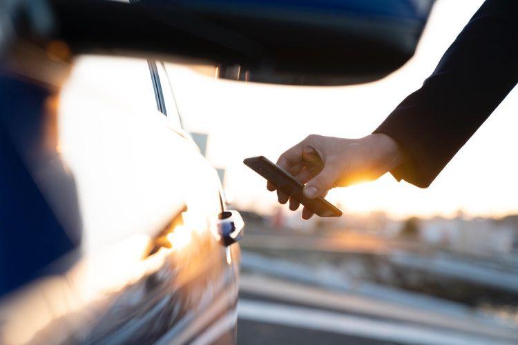 CarKey permettra d'envoyer des clés de voiture par message