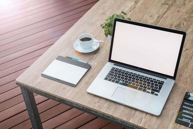Back Market : comment improviser un poste de travail pas cher?  📣