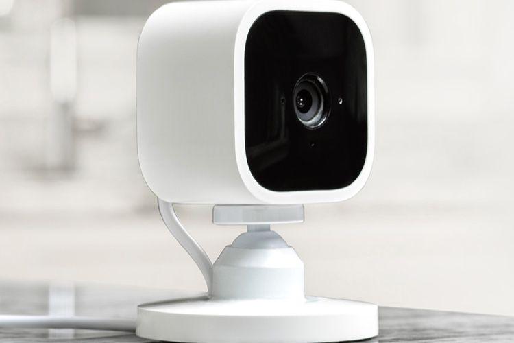 Amazon lance la Blink Mini, sa nouvelle caméra de surveillance à petit prix