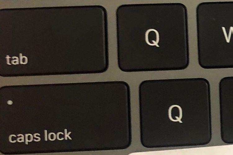 image en galerie : Ce Magic Keyboard vit une histoire de QQ