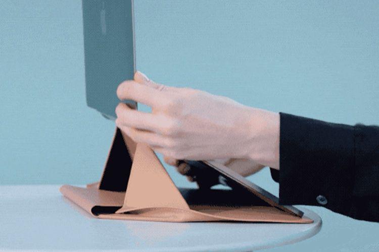 Moft, un étui origami qui sert aussi de support pour MacBook