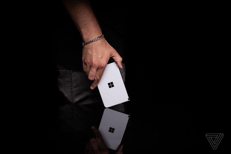 Surface Duo : premiers tests et déception générale
