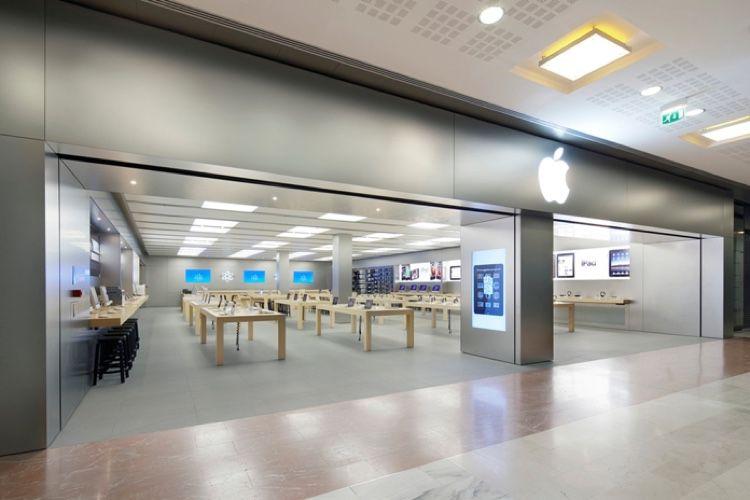 Covid-19 : les AppleStore de Vélizy2 et des Champs Elysées rouvrent à temps pour l'iPhone12