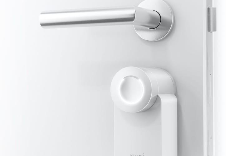 Nuki réduit le prix de sa serrure connectée HomeKit et sort une variante blanche 🆕