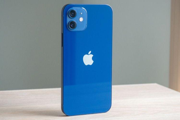 Test de l'iPhone 12 : un iPhone magnétique