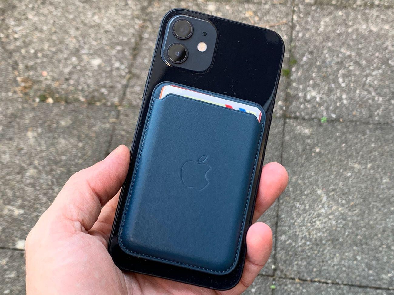 Prise en main du porte-cartes MagSafe d'Apple | iGeneration