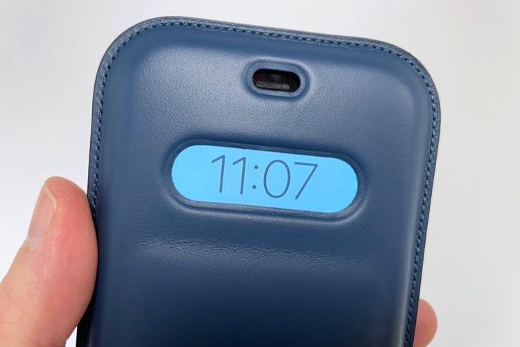iPhone 12:prise en main de la housse avec MagSafe etsangle