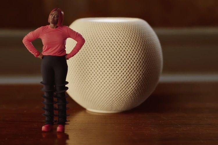Tout est mini dans votre vie avec le spot de Noël d'Apple