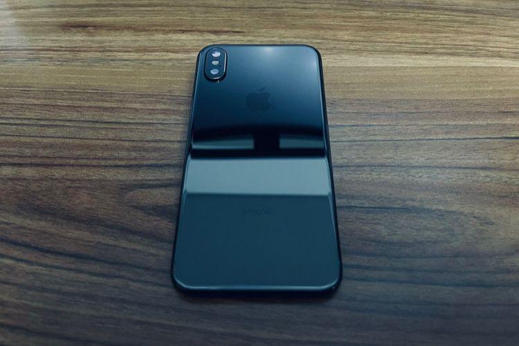 image en galerie : Apple a essayé le «noir de jais» sur l'iPhoneX