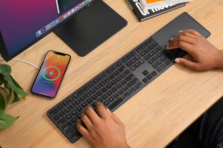 Le MagicBridge rapproche le clavier étendu et le Magic Trackpad