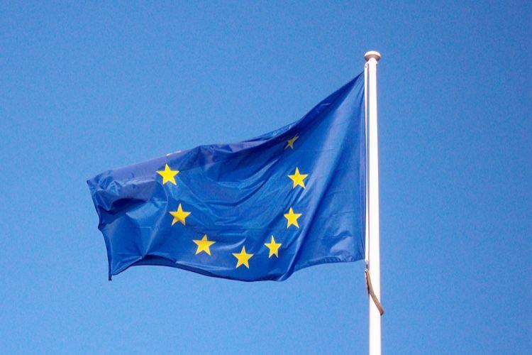 Bruxelles veut améliorer l'itinérance gratuite en Europe