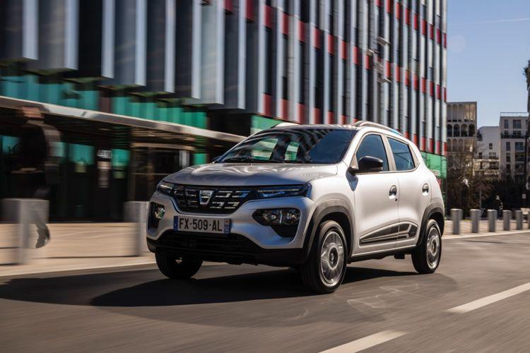 Dacia : la Spring est la voiture électrique CarPlay la moins chère du marché