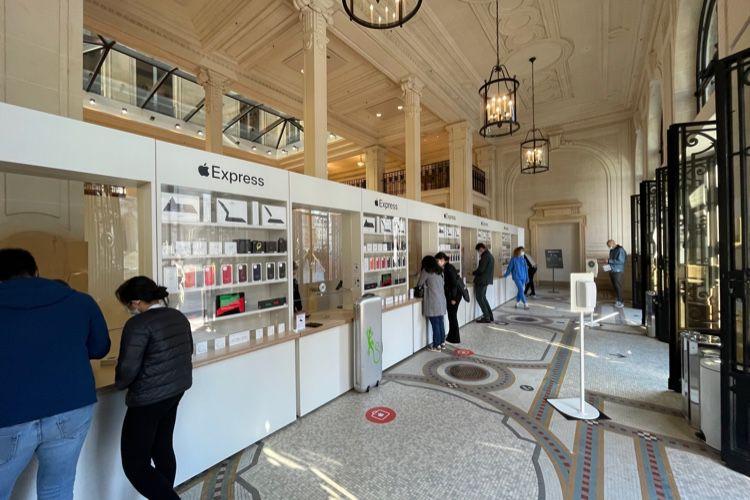 L'AppleStore Opéra redevient presque une banque
