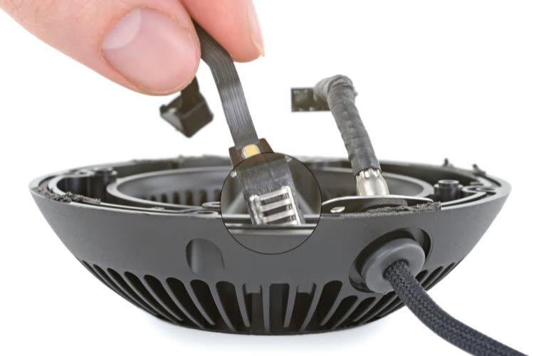 Le HomePod mini cache une sonde de température et d'humidité