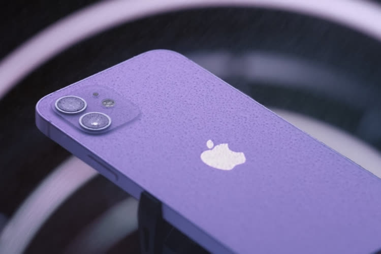 Et voici un iPhone 12 violet!