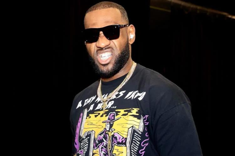 LeBron James porte apparemment les nouveaux Beats Studio Buds avant leur annonce