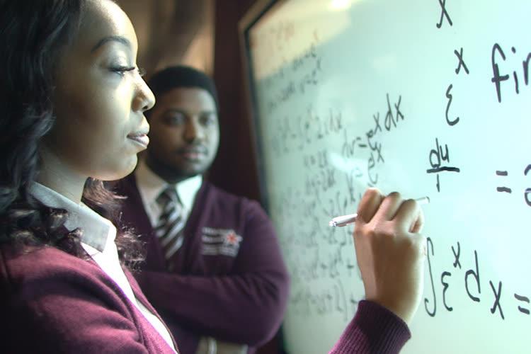 Apple va accorder 5 millions de dollars à des universités traditionnellement noires
