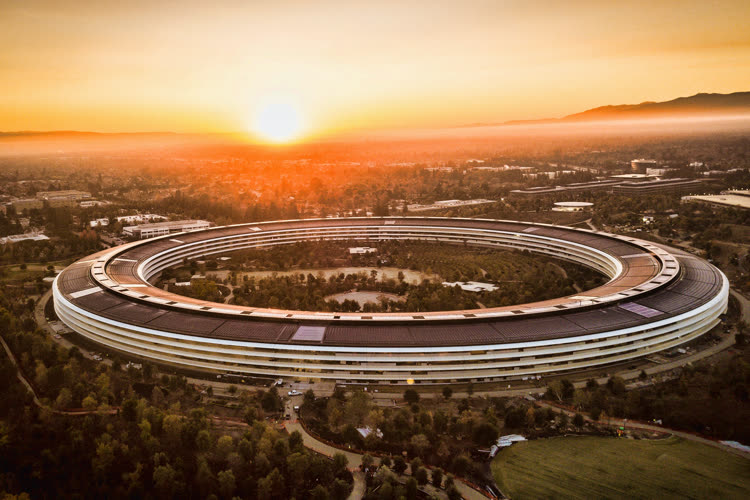 Face au variant Delta, Apple aurait retardé son plan de retour au bureau