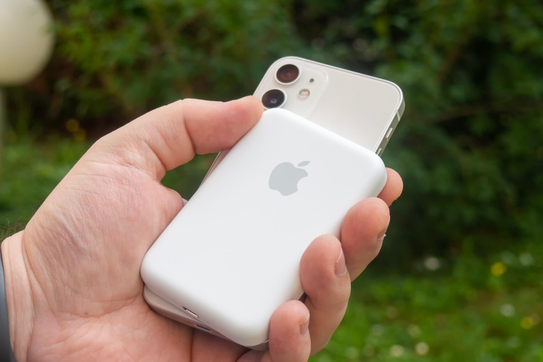 Test de la batterie externe MagSafe d'Apple: un accessoire polarisant