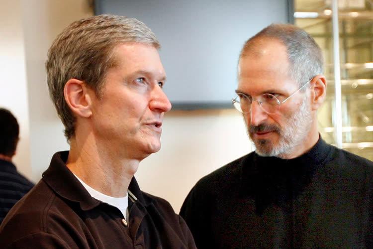 Il y a dix ans, Steve Jobs laissait les manettes d'Apple à Tim Cook
