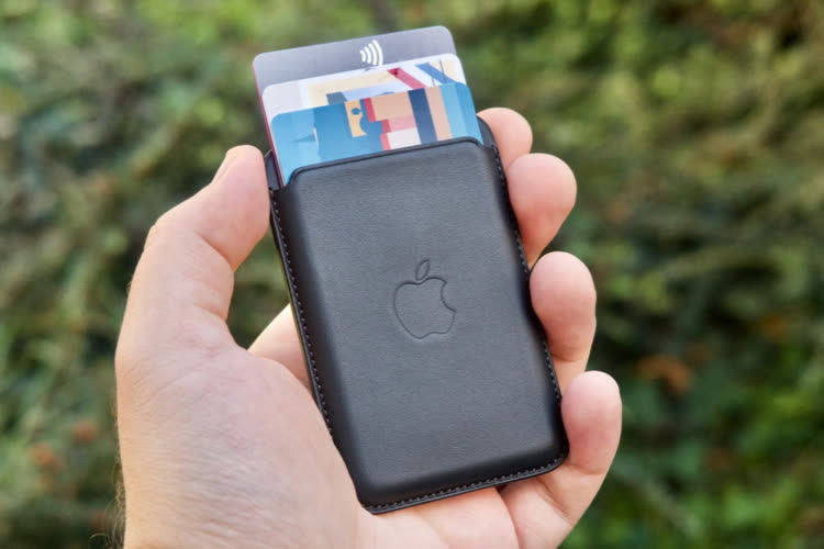 Aperçu du nouveau porte-cartes MagSafe, qui est localisé en cas de perte