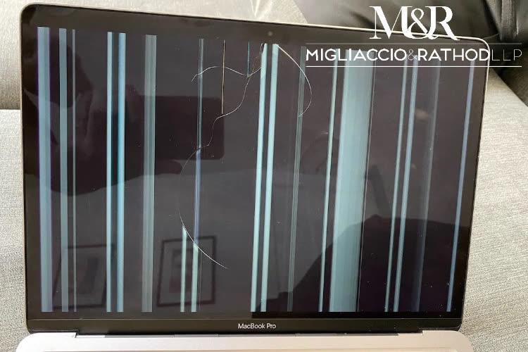 Class action contre Apple pour des écrans trop fragiles de MacBook M1