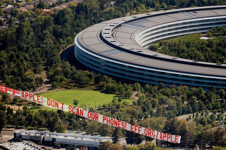 CSAM : des activistes ont survolé l'ApplePark lors du keynote