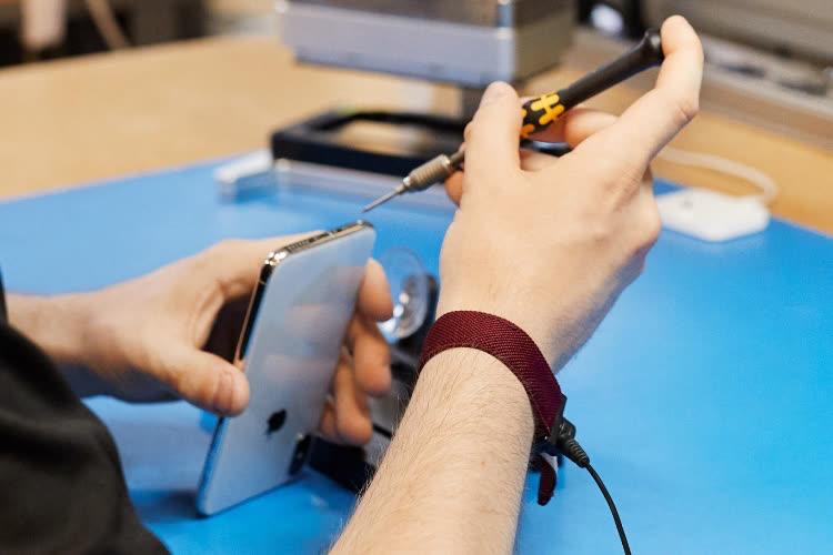 Des formations Apple internes pour expliquer aux clients pourquoi les réparations sont si chères