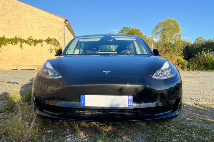 Voiture la plus vendue en Europe, la Model3 propulse Tesla sur des sommets boursiers